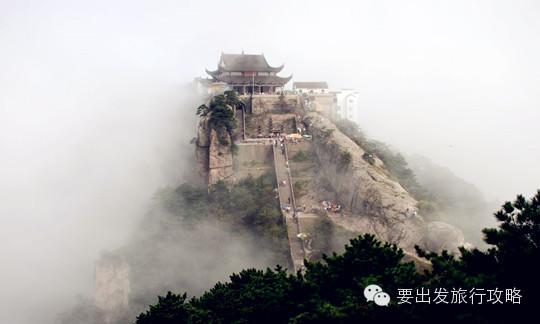—铜陵—青阳—贵池出口下高速—青泉岭—五溪—左转进入九华山风景区
